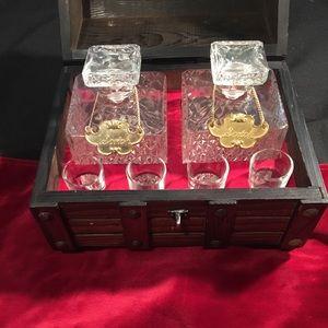 Other - Vintage Decanter Mini Bar set